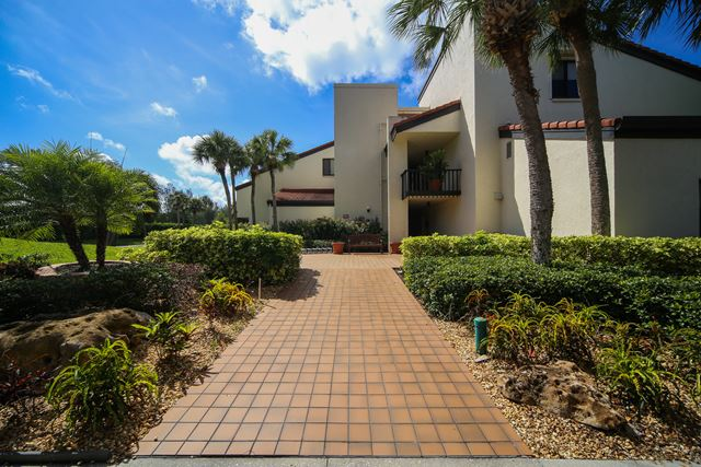 Condominium for Rent at 2055 Gulf of Mexico Dr, Unit #109, Longboat Key, FL 34228 2055 Gulf of Mexico Dr, Unit #109 Longboat Key, Florida,34228 United States
