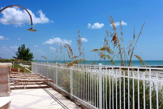 Additional photo for property listing at 2301 Gulf of Mexico Dr, Unit #31N, Longboat Key, FL 34228 2301 Gulf of Mexico Dr, Unit #31N Longboat Key, Florida,34228 United States