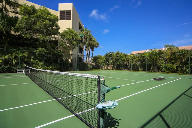 Additional photo for property listing at 5481 Gulf of Mexico Dr, Unit #207, Longboat Key, FL 34228 5481 Gulf of Mexico Dr, Unit #207 Longboat Key, Florida,34228 United States