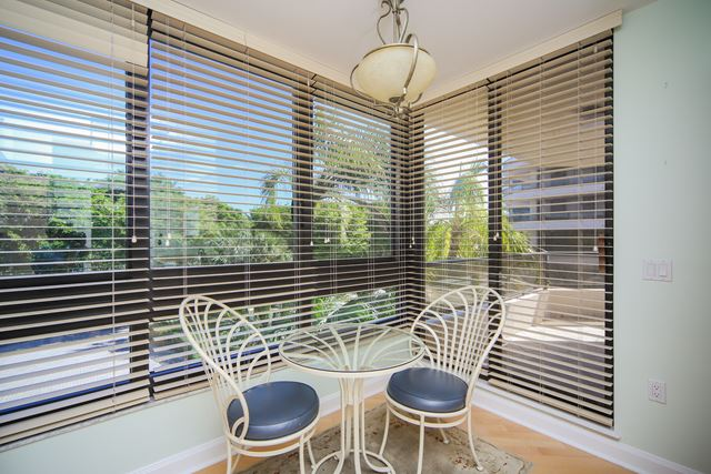 Additional photo for property listing at 575 Sanctuary Dr, Unit #A103, Longboat Key, FL 34228 575 Sanctuary Dr, Unit #A103 Longboat Key, Florida,34228 United States