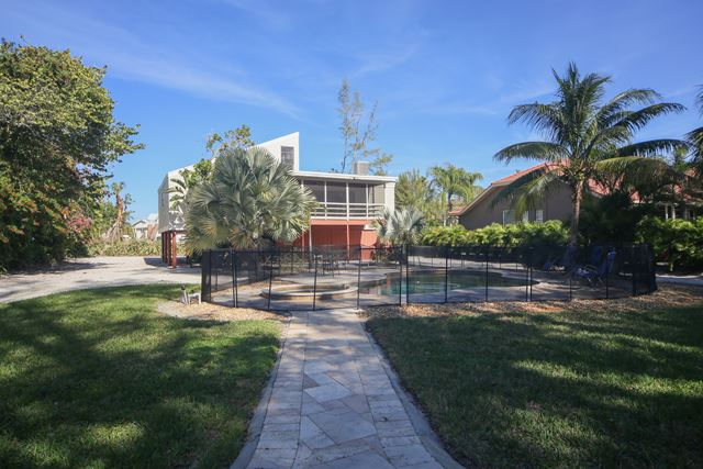Additional photo for property listing at 636 Dream Island Rd, Longboat Key, FL 34228 636 Dream Island Rd Longboat Key, Florida,34228 United States