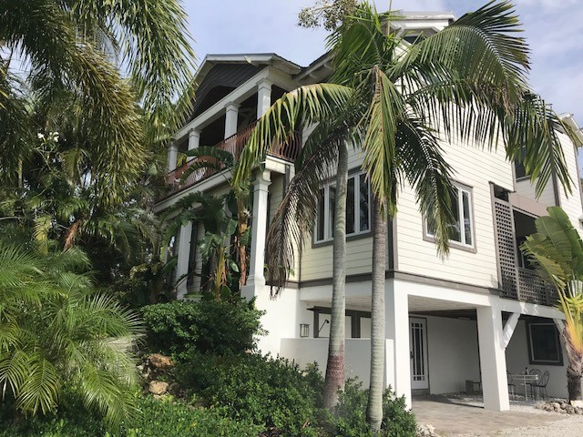 Single Family Home for Rent at 6940 Longboat Dr S, Longboat Key, FL 34228 6940 Longboat Dr S Longboat Key, Florida,34228 United States