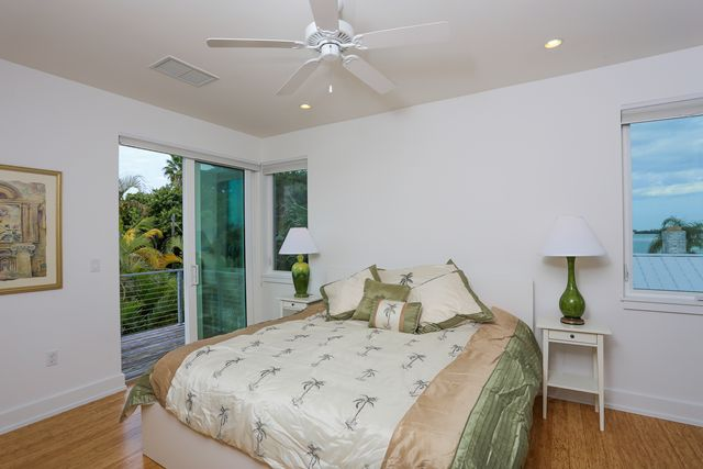 Additional photo for property listing at 7130 Longboat Dr E, Longboat Key, FL 34228 7130 Longboat Dr E Longboat Key, Φλοριντα,34228 Ηνωμενεσ Πολιτειεσ