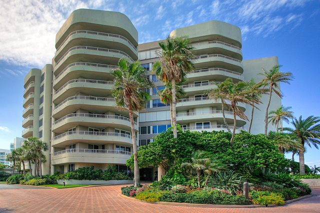 Condominio per Affitto alle ore 775 Longboat Club Dr, Unit #PH2, Longboat Key, FL 34228 Longboat Key, Florida,34228 Stati Uniti