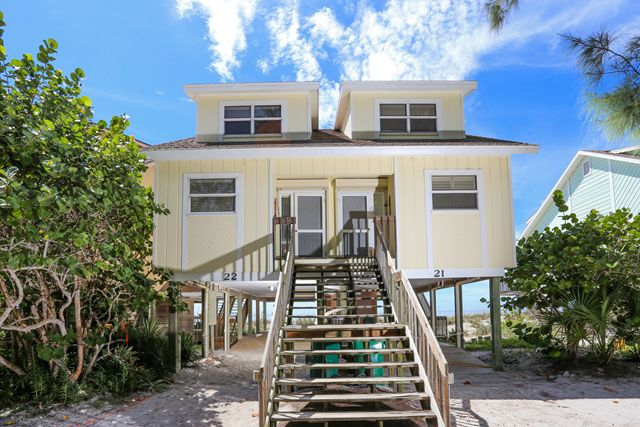 Townhouse for Rent at 301 S Gulf Blvd, Unit #22, Placida, FL 33946 301 S Gulf Blvd, Unit #22 Placida, Florida,33946 United States