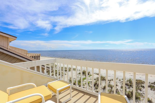 Additional photo for property listing at 301 S Gulf Blvd, Unit #22, Placida, FL 33946 301 S Gulf Blvd, Unit #22 Placida, Florida,33946 United States