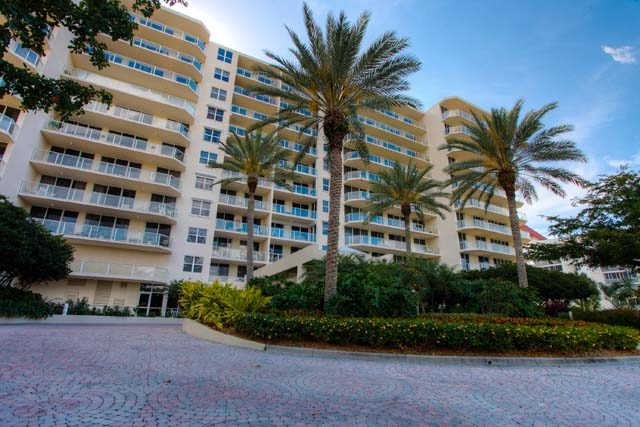 Condominium for Rent at 1800 Ben Franklin Dr, Unit #605, Sarasota, FL 34236 1800 Ben Franklin Dr, Unit #605 Sarasota, Florida,34236 United States