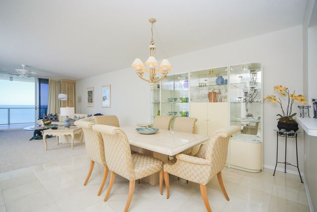 Dining Area - Condo for rent at 1800 Benjamin Franklin Dr, #A904, Sarasota, FL 34236 - MLS Number is 1800BENFA904