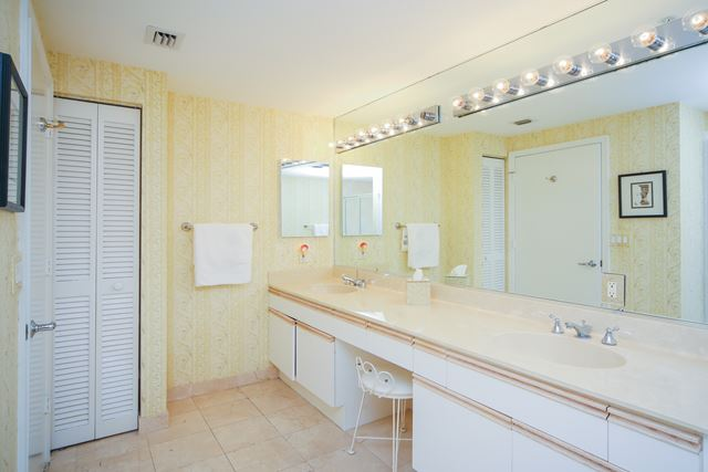 Master Bathroom - Condo for rent at 1800 Benjamin Franklin Dr, #A904, Sarasota, FL 34236 - MLS Number is 1800BENFA904