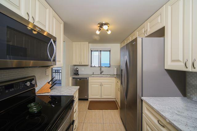 Kitchen - Condo for rent at 350 S Polk Dr, Unit #504, Sarasota, FL 34236 - MLS Number is 350SPOL504