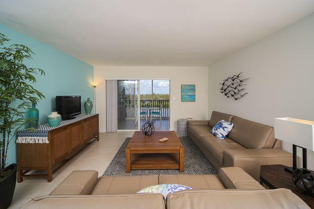 Additional photo for property listing at 9397 Midnight Pass Rd, Unit #P5, Sarasota, FL 34242 9397 Midnight Pass Rd, Unit #P5 Sarasota, Florida,34242 United States