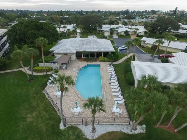Community Pool - Condo for rent at 225 Hourglass Way, Unit #203, Sarasota, FL 34242 - MLS Number is 225HOUR203