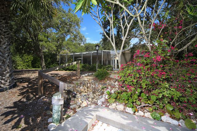 Single Family Home for Rent at 742 Edgemere Ln, Sarasota, FL 34242 742 Edgemere Ln Sarasota, Florida,34242 United States