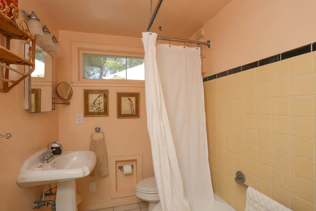 Additional photo for property listing at 8540 Heron Lagoon Cir, Sarasota, FL 34242 8540 Heron Lagoon Cir Sarasota, Florida,34242 États-Unis