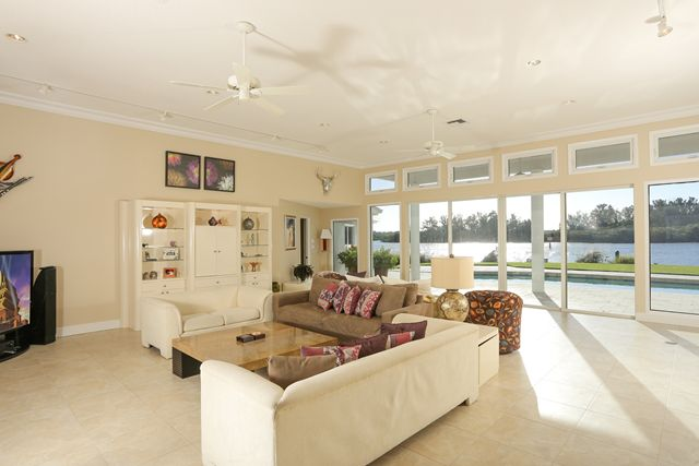 Living Room - Single Family Home for rent at 894 Freeling Dr, Sarasota, FL 34242 - MLS Number is 894FREE