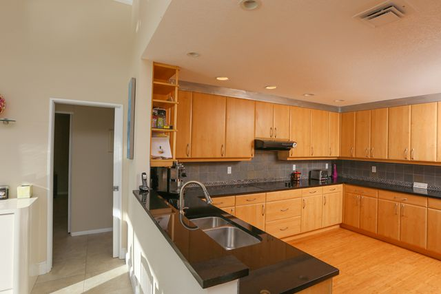 Kitchen - Single Family Home for rent at 894 Freeling Dr, Sarasota, FL 34242 - MLS Number is 894FREE