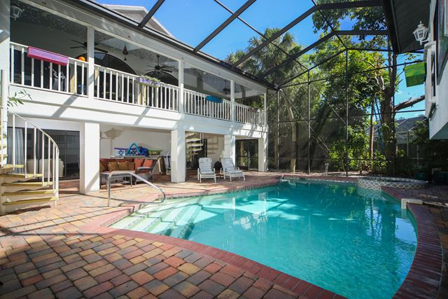 Additional photo for property listing at 4832 Givens Ct, Sarasota, FL 34242 4832 Givens Ct Sarasota, Florida,34242 United States