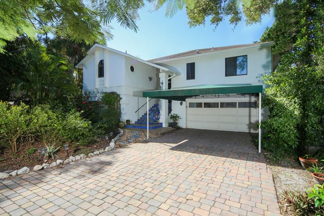 Single Family Home for Rent at 4832 Givens Ct, Sarasota, FL 34242 4832 Givens Ct Sarasota, Florida,34242 United States
