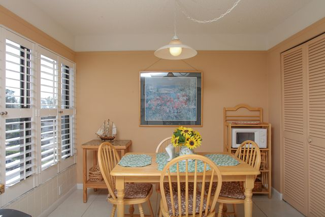 Breakfast Nook - Condo for rent at 1001 Benjamin Franklin Dr, #506, Sarasota, FL 34236 - MLS Number is 1001BENJ506