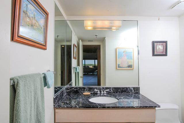 Powder Room - Condo for rent at 1001 Benjamin Franklin Dr, #506, Sarasota, FL 34236 - MLS Number is 1001BENJ506