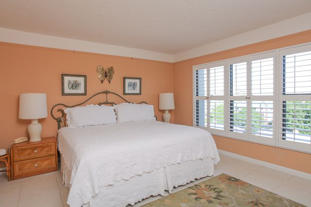 Master Bedroom - Condo for rent at 1001 Benjamin Franklin Dr, #506, Sarasota, FL 34236 - MLS Number is 1001BENJ506