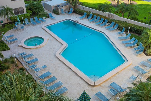Swimming Pool - Condo for rent at 1001 Benjamin Franklin Dr, #506, Sarasota, FL 34236 - MLS Number is 1001BENJ506