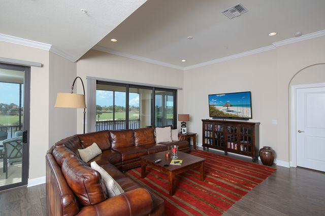 Additional photo for property listing at 23563 Awabuki Dr, Unit #201, Venice, FL 34293 23563 Awabuki Dr, Unit #201 Venice, Florida,34293 United States