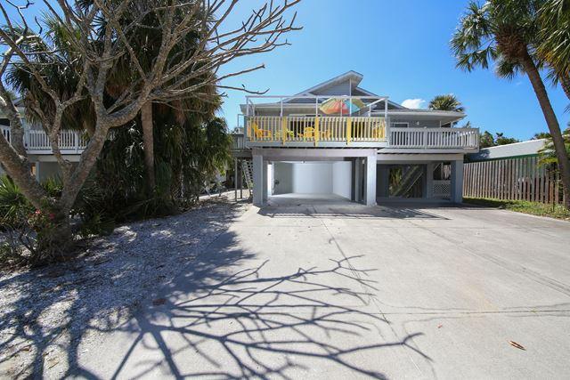 207 71st St, Unit E, Holmes Beach, FL 34217