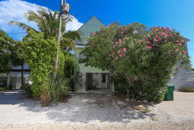 135 Damfiwill St, Boca Grande, FL 33921