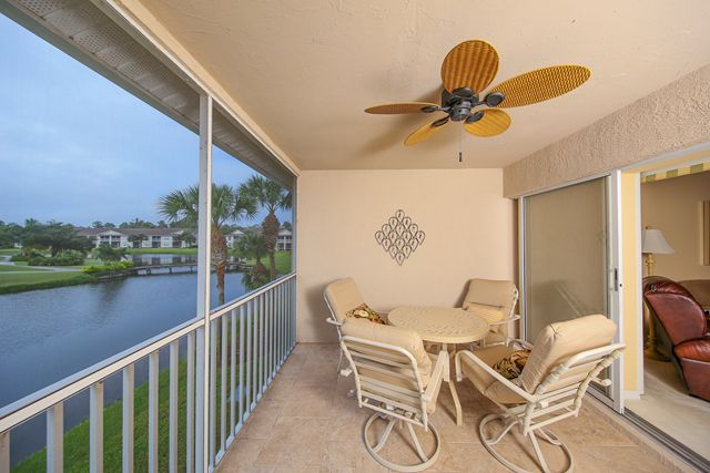 5330 Hyland Hills Ave, Unit #2321, Sarasota, FL 34241