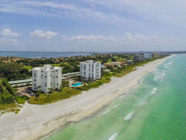 1050 Longboat Club Rd, Unit #403, Longboat Key, FL 34228
