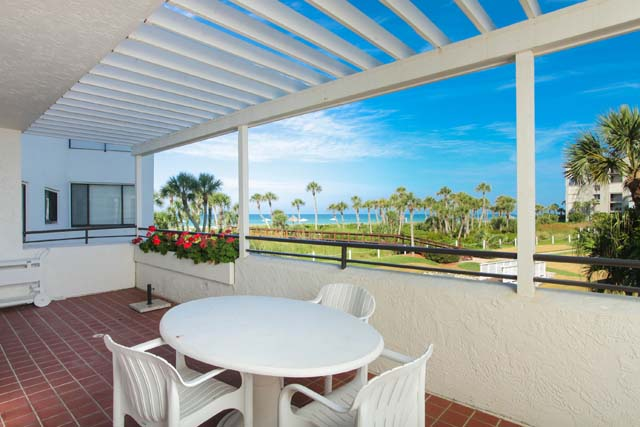 1425 Gulf of Mexico Dr, Unit #D104, Longboat Key, FL 34228