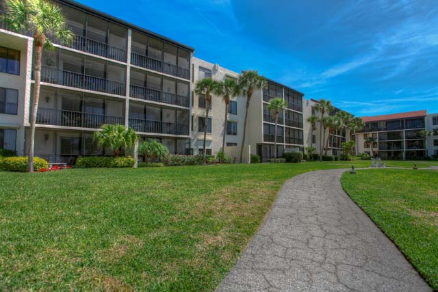 1975 Gulf of Mexico Dr, Unit #306, Longboat Key, FL 34228