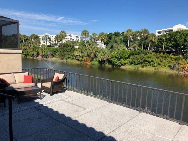 2330 Harbour Oaks Dr, Longboat Key, FL 34228