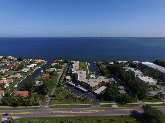 450 Gulf of Mexico Dr, Unit #B102, Longboat Key, FL 34228