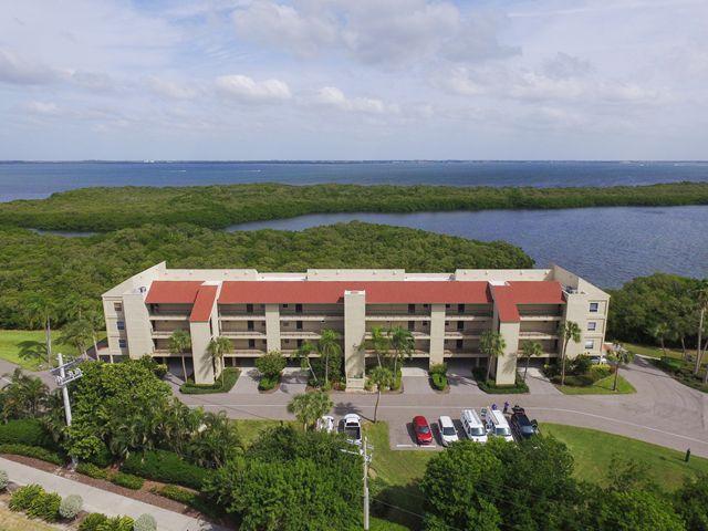 4540 Gulf of Mexico Dr, Unit #PH1, Longboat Key, FL 34228