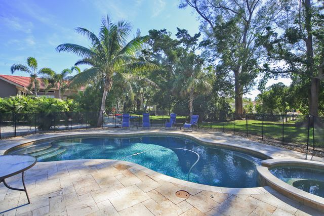 636 Dream Island Rd, Longboat Key, FL 34228