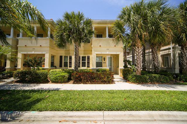 3746 82nd Ave Cir E, Unit #106, Sarasota, FL 34243