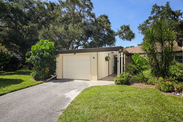 2309 Lark Lane, Sarasota, FL 34231