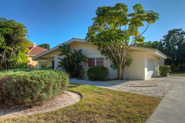 322 Bird Key Dr, Sarasota, FL 34236