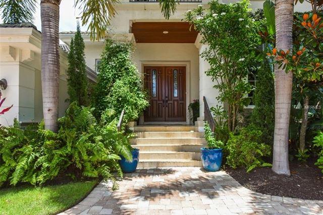 411 Pheasant Way, Sarasota, FL 34236