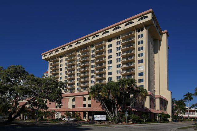 101 S Gulfstream Ave, Unit #4D, Sarasota, FL 34236