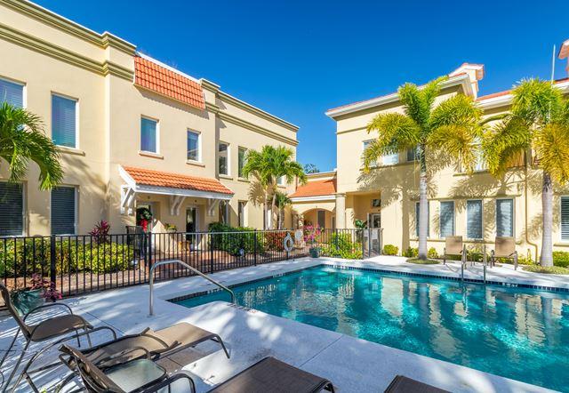 1685 Laurel St, Unit #3, Sarasota, FL 34236