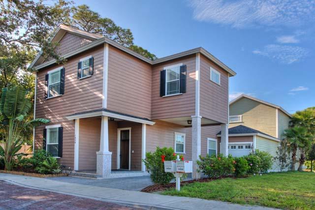 1828 Hawkins Ct, Unit #8, Sarasota, FL 34236