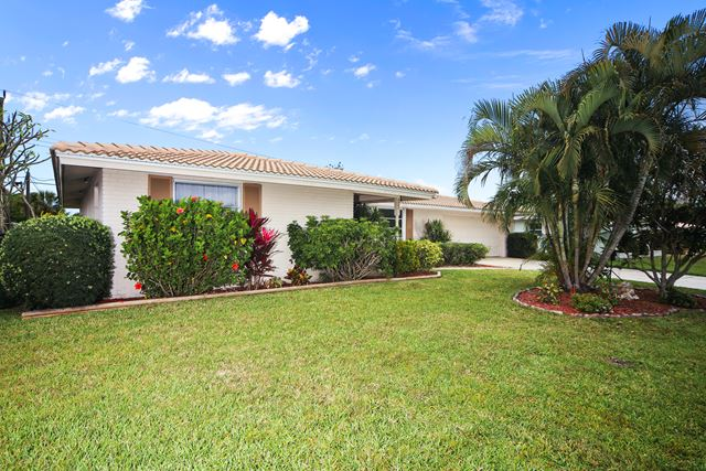 6934 Antigua Pl, Sarasota, FL 34231