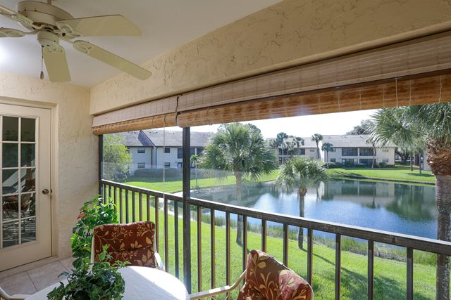 370 Three Lakes Ln, Unit L, Venice, FL 34285