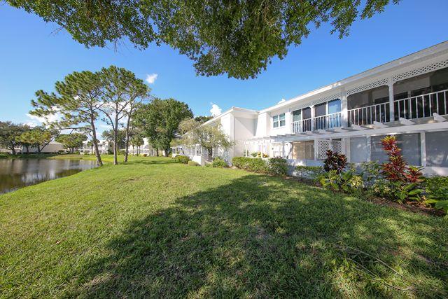 427 Cerromar Ln, Unit #455, Venice, FL 34293