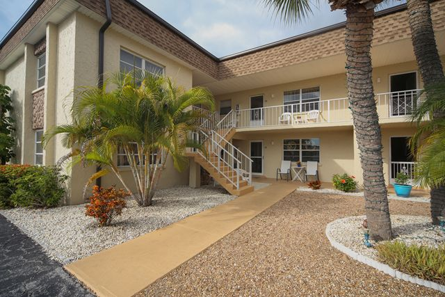 616 Flamingo Dr, Unit #102, Venice, FL 34285